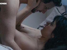Vimala Pons nude - Marie et les naufrages (2016)
