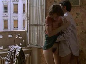 Laurence Cote nude - Les voleurs (1996)