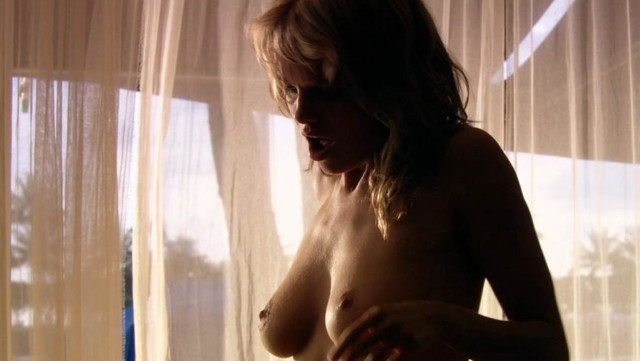 Mircea Monroe nude - Into the Blue 2 (2009)
