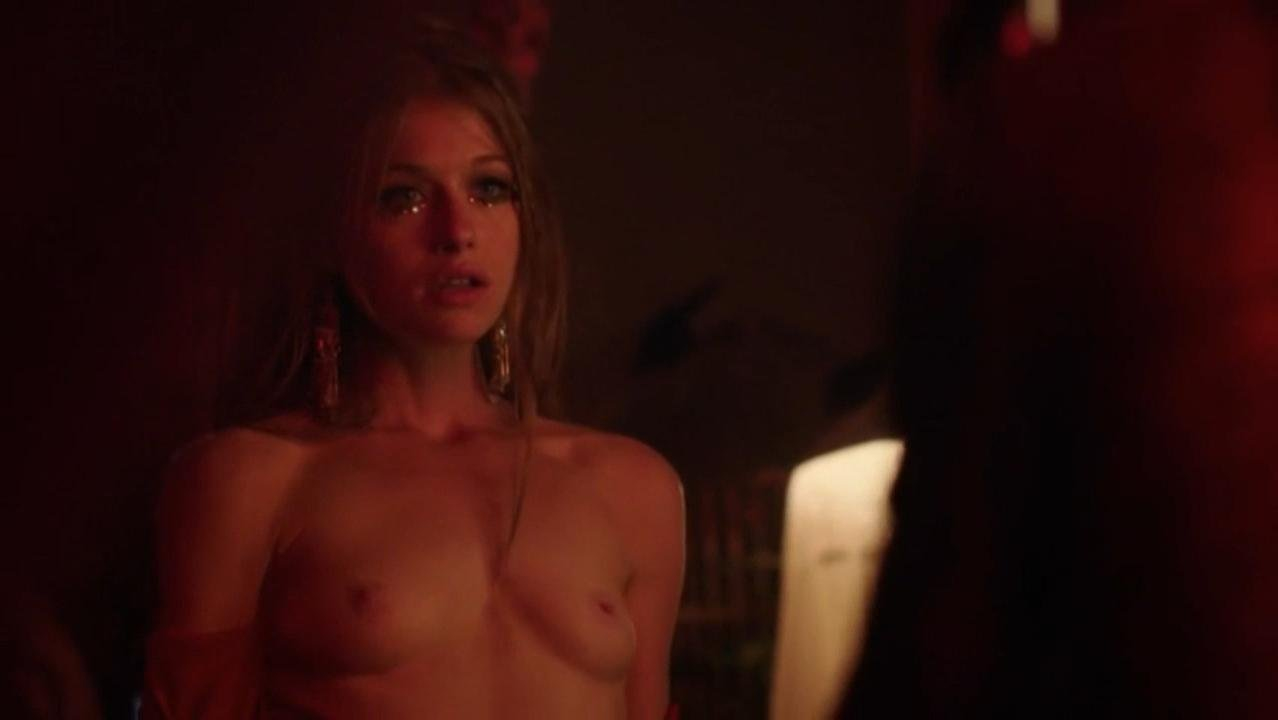 Genevieve Angelson nude, Ema McKie nude - Good Girls Revolt s01e05 (2016)
