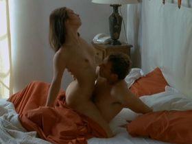 Carole Brana nude, Lise Bellynck nude, Nadia Chibani nude - A l'aventure (2008)