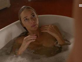 Helene de Fougerolles nude - Le Secret d'Elise s01e02 (2015)