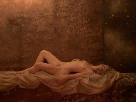 Virginie Legeay nude, Anne Berry nude - La fille de nulle part (2012)