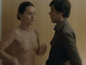 Virginie Ledoyen nude - Shall We Kiss (2007)