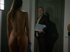 Cristina Alarcon nude - B&b, de boca en boca s02e05-09 (2015)