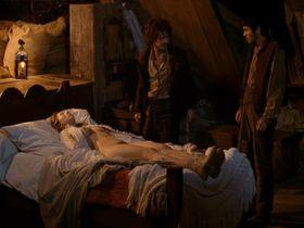 Isild Le Besco nude - Au fond des bois (2010) #2