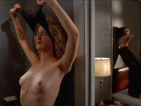 Laura Dern nude - Wild at Heart (1990)