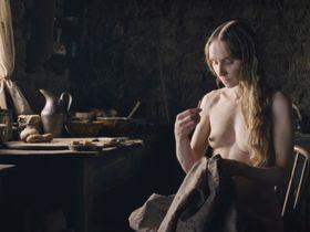 Sonja Richter nude, Miranda Otto nude - The Homesman (2014)