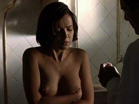 Veronica Sanchez nude - Las 13 rosas (2007)