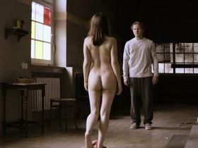 Michelle Barthel nude - Spieltrieb (2013)