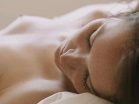 Anais Demoustier nude - Elles (2012)