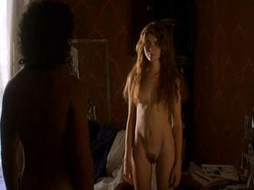 Vittoria Puccini nude - Tutto l'amore che c'e (2000)