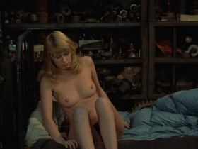 Miou-Miou nude, Isabelle Huppert nude - Les Valseuses (1974)