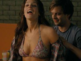 Ashley Greene sexy - The Apparition (2012)