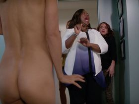 Lisa Edelstein nude, Necar Zadegan sexy - Girlfriends Guide to Divorce s02e12 (2016)