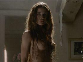 Giulia Gorietti nude - I segreti di Borgo Larici s01e04 (2014)