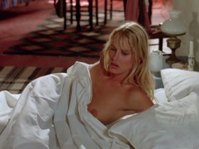 Daryl Hannah nude - Summer Lovers (1982)