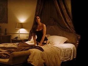 Monica Bellucci sexy - Spectre (2015)