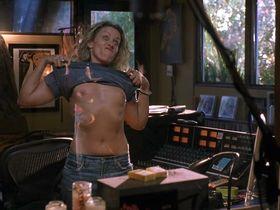 Kate Beckinsale sexy, Frances McDormand nude, Gina Doctor nude - Laurel Canyon (2002)