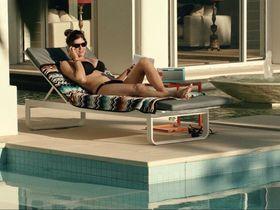 Alexandra Daddario sexy - San Andreas (2015)