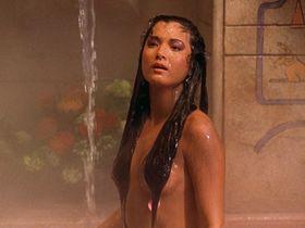 Kelly Hu sexy - The Scorpion King (2002)