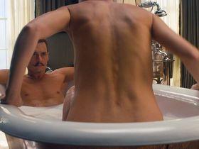 Gwyneth Paltrow sexy, Emily Lawrence sexy - Mortdecai (2015)