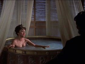 Gina Lollobrigida sexy - Solomon and Sheba (1959)