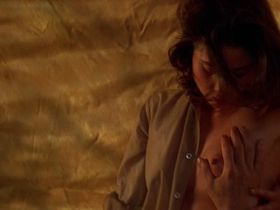 Johanna Marlowe nude - Bad Moon (1996)