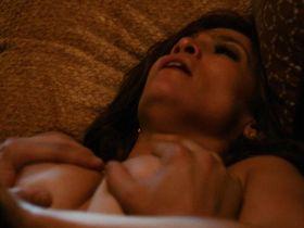 Jennifer Lopez nude, Lexi Atkins nude - The Boy Next Door (2015)