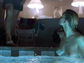 Natasha Henstridge nude - Species (1995)