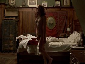 Evan Rachel Wood nude - Mildred Pierce (2011)