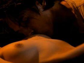 Monika Hilmerova nude - Pramen zivota (2000)