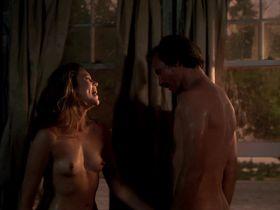 Kathleen Turner nude - Body Heat (1981)