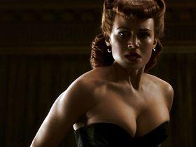 Carla Gugino sexy - Watchmen (2009)