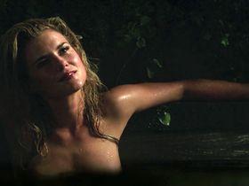 Rachael Taylor sexy - Gold (2016)