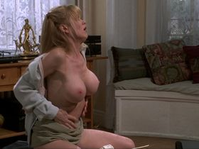 Theresa Lynn nude - Private Parts (1997)
