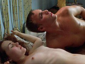 Rachel Miner nude - Bully (2001)