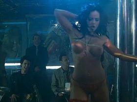 Vicky Rueda nude - Paraiso Travel (2008)
