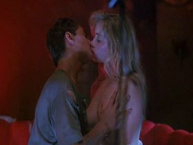 Christina Applegate sexy - Streets (1990)