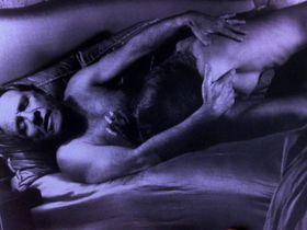 Angie Everhart nude - Jade (1995)