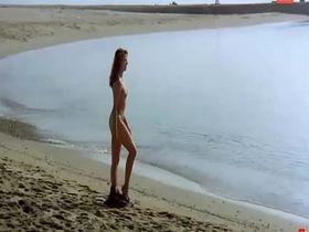 Victoria Abril nude - La Muchacha De Las Bragas De Oro (1979)