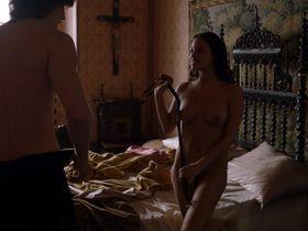 Elisa Mouliaa nude - Borgia s01e12 (2011)