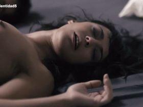 Silvia Alonsoo nude - Sin Identidad s02e05 (2015)