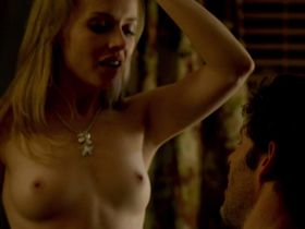 Kelly Curran nude - Grizzly (2014)