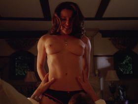 Alanna Ubach nude - Hung s01e07 (2009)