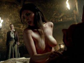 Lise Slabber nude, Jessica Parker Kennedy sexy, Clara Paget sexy - Black Sails s02e01 (2014)