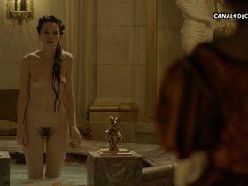 Anna Brewster nude - Versailles s02e07 (2017)