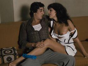 Livia Cerini nude - La orca (1976)