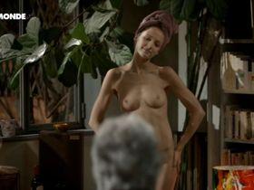Stephanie Crayencour nude - La danse de l'albatros (2012)