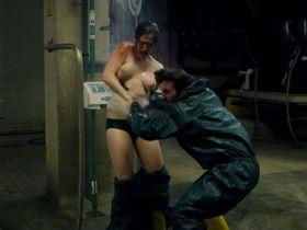 Emily Cox nude - Tatort e950 (2015)